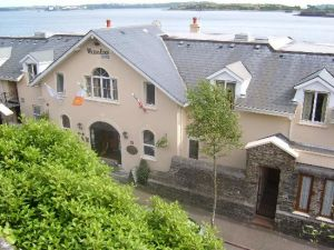 Waters Edge Hotel Cobh